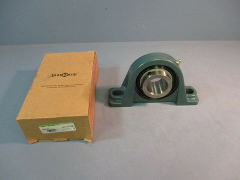 "Dodge Pillow Block Bearing P2B-SCM-111 1-11/16"" 2 Bolt NEW  IN BOX"