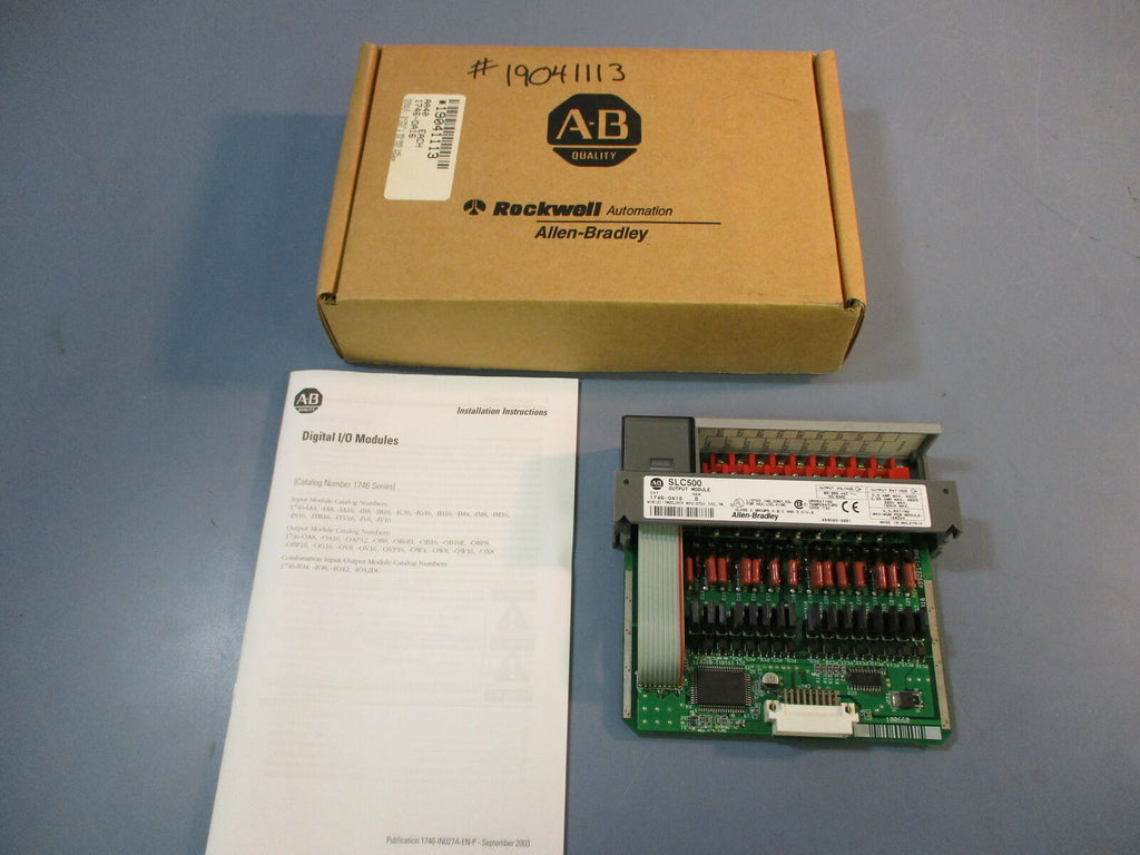 Allen-Bradley Output Module 1746-OA16 Ser. D SLC500 50/60Hz NEW IN BOX
