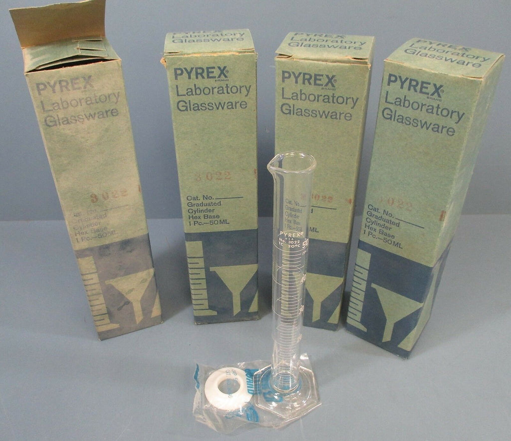 Lot of 4 Pyrex Graduated Hex Base Cylinder: 50mL, 3022