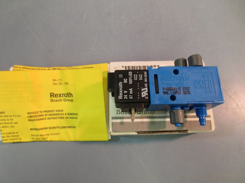 New Rexroth P-026641-5 4 Way Directional Control Valve 115PSI Pneumatik