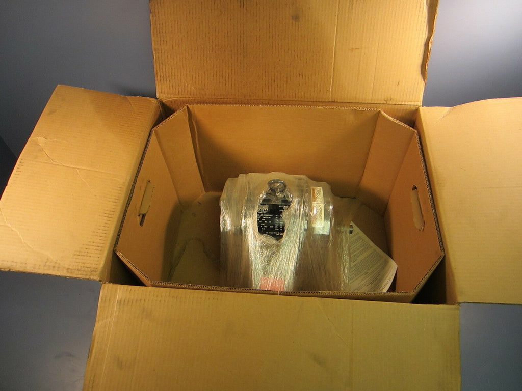 Lincoln Automotive Duty 3 Ph. 1 HP Motor 1770 RPM LM23721 AVC CCN4G1U64 L NIB