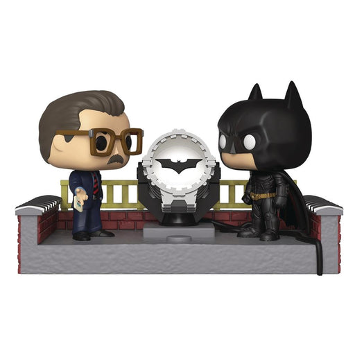 POP MOVIE MOMENT BATMAN 80TH LIGHT UP BAT SIGNAL VINYL FIGURE - Toys/Models