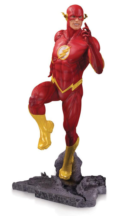 DC Core PVC Statue The Flash 23 cm --- DAMAGED PACKAGING (DCCSEP180643DAP)