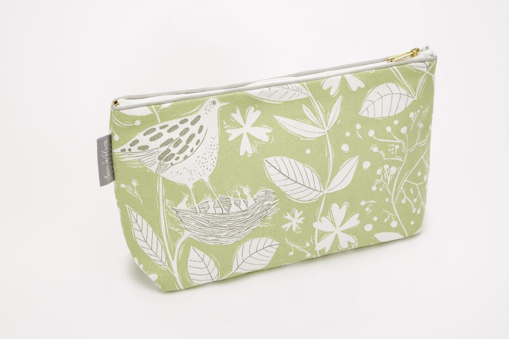 Sam Wilson Hedgerow Washbag