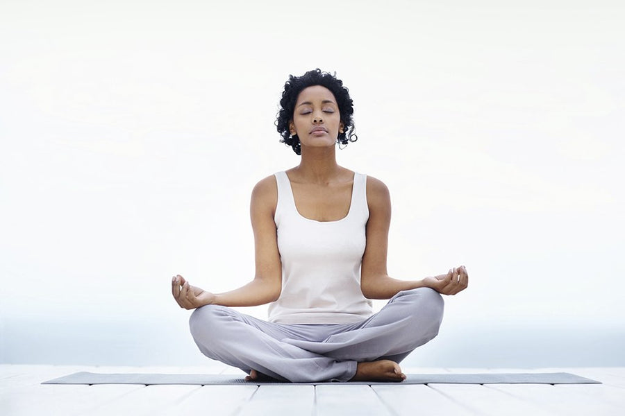 5 Handy Tools and Essentials for An Improved Meditation Kit