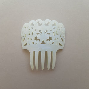 Small Mantilla Hair Comb in Mother of Pearl