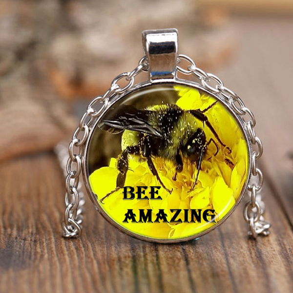 BEE Amazing Necklace