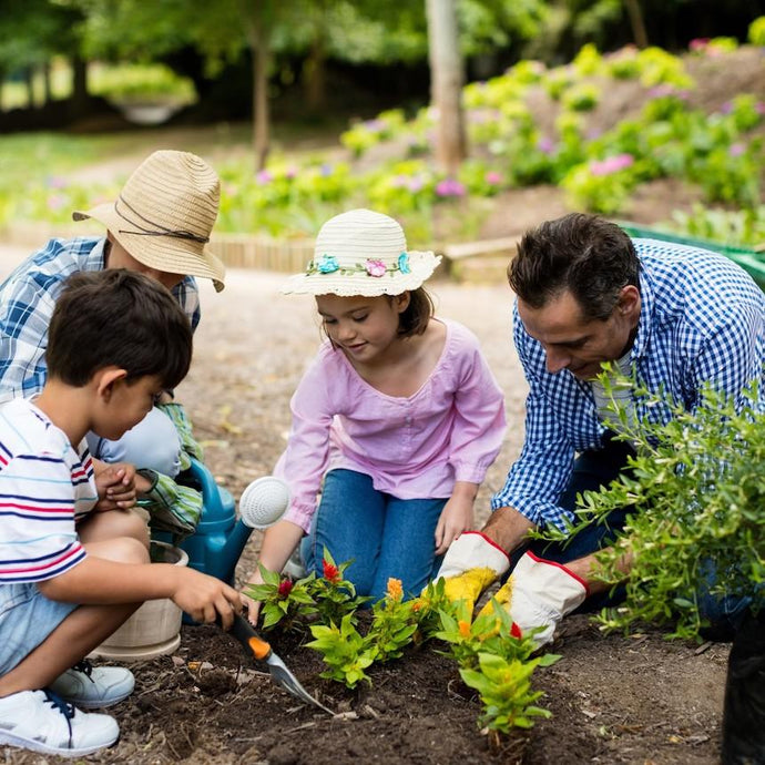 The Benefits and Importance of Gardening With Your Family