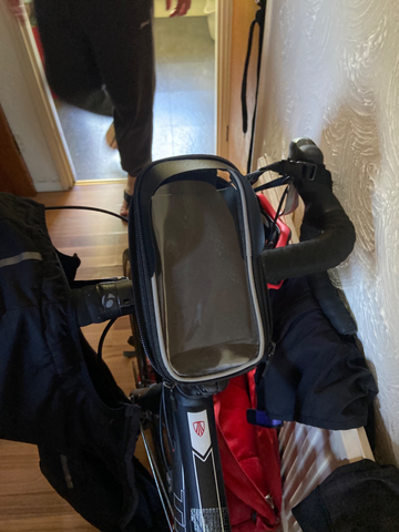 BTR bike phone bag in place on bicycle handlebars
