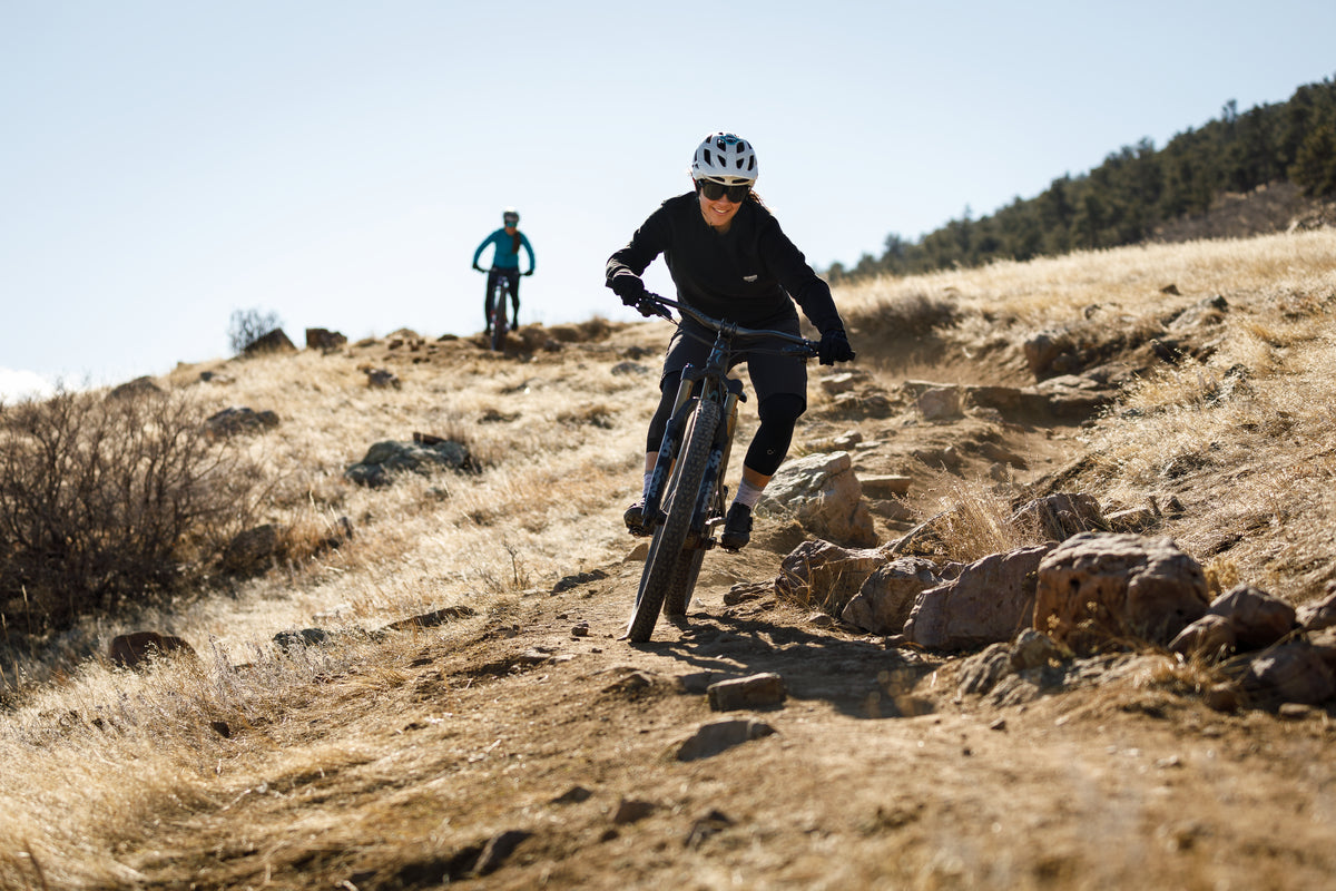 Start learning first new mountain bikers on a hardtail