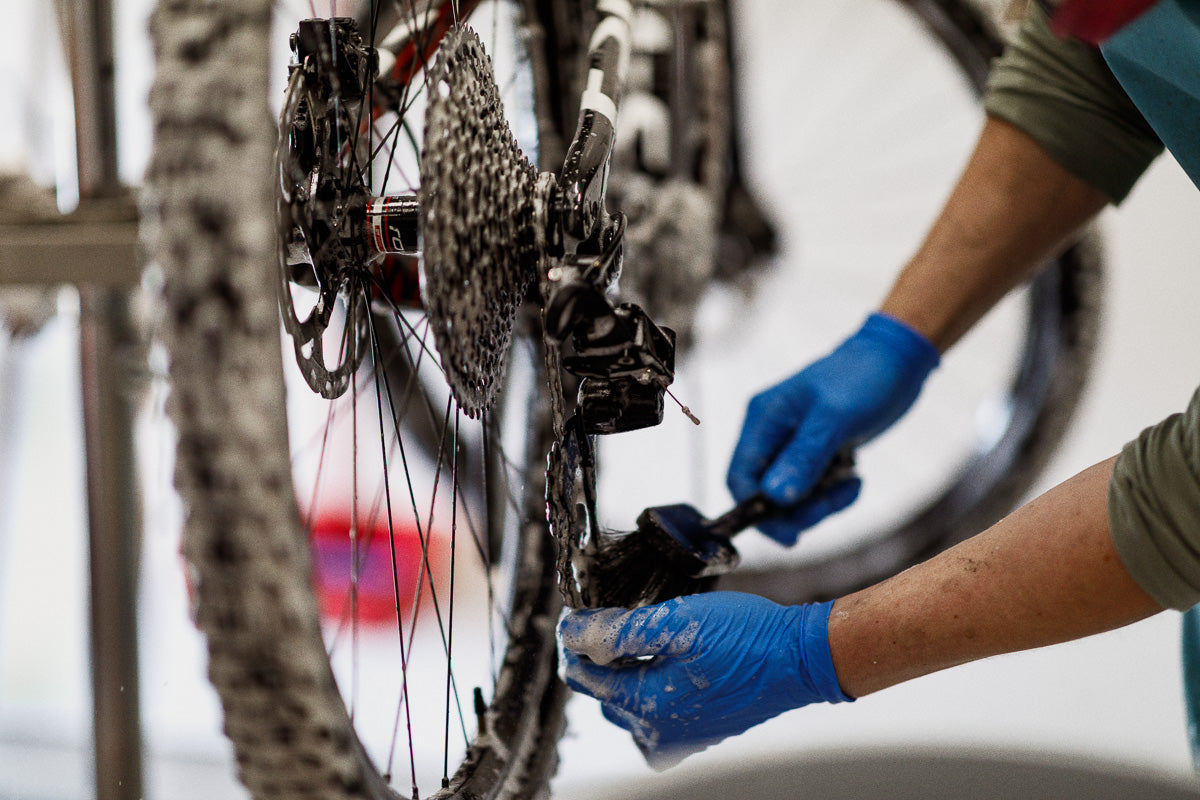 Washing a bike drivetrain