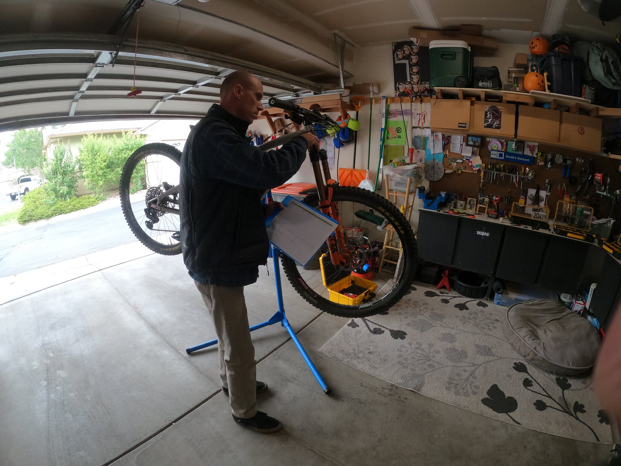 Derel Cuny Gnice Riding mtb suspension tuning and set up