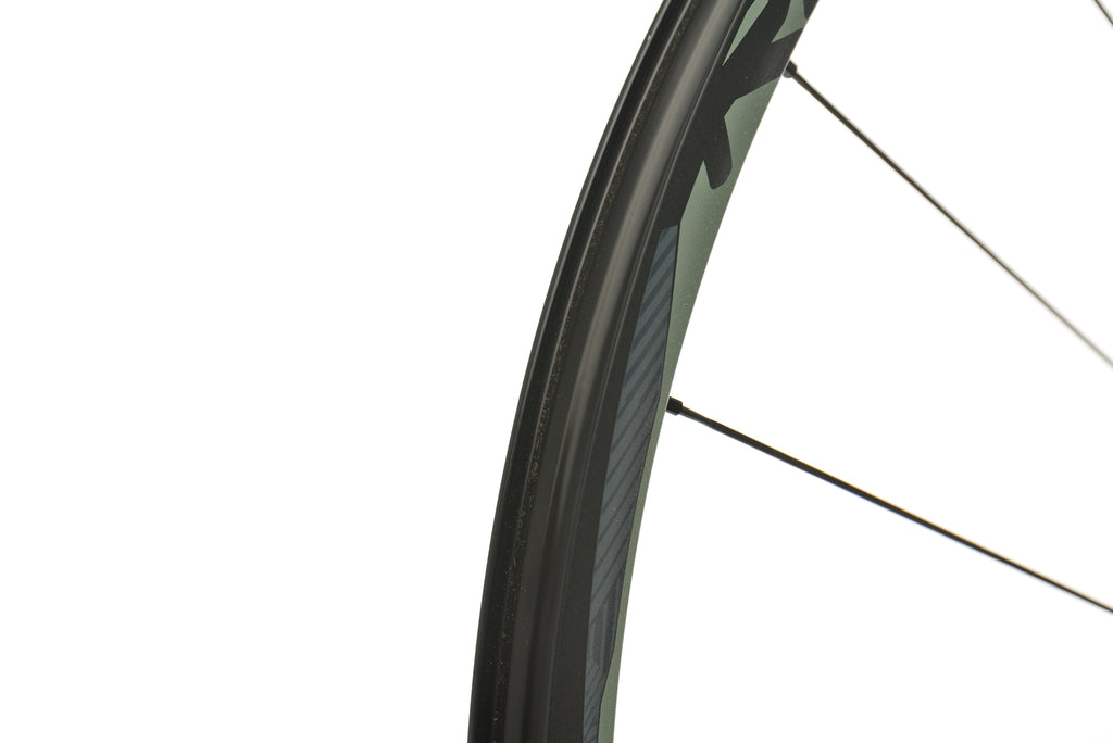 "SRAM Roam 50 Aluminum Tubeless 29"" Rear Wheel front wheel"