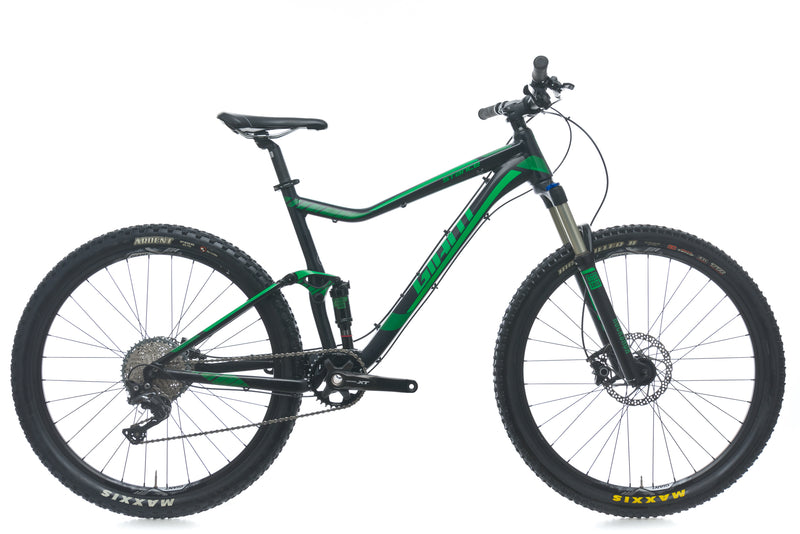 Giant Stance 27.5 2 Large Bike - 2016 drive side