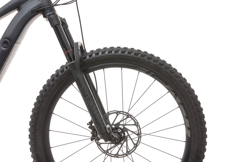 Specialized Turbo Levo FSR Comp 6Fattie/29 Large E-Bike - 2018 front wheel