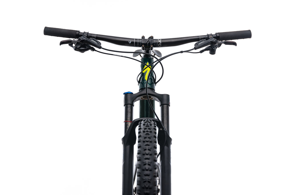 Specialized Camber Comp Large Mens Bike - 2018 crank