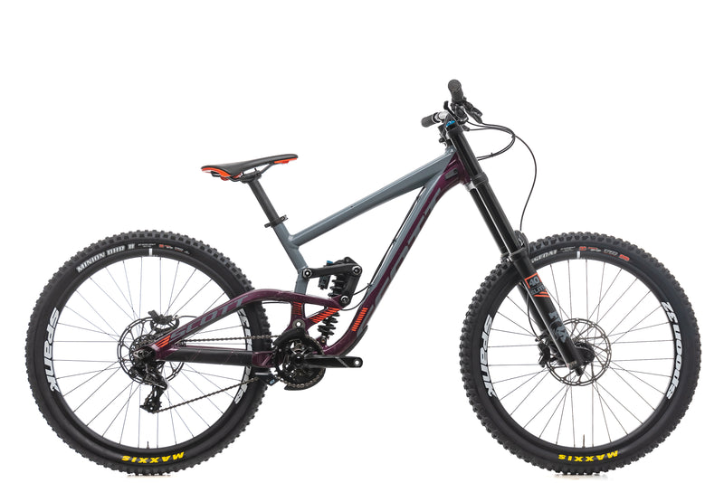 Scott Gambler 720 Mountain Bike - 2018,  Large drive side