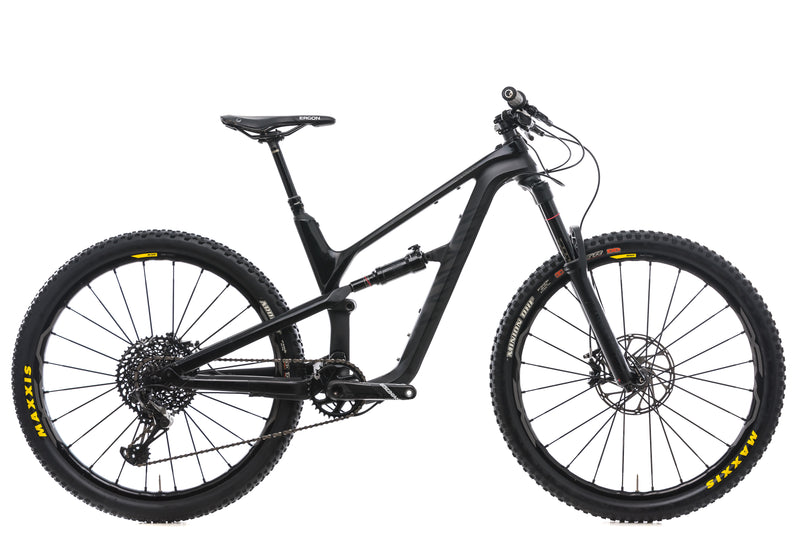 Canyon Spectral CF 9.0 Small Bike - 2018 drive side