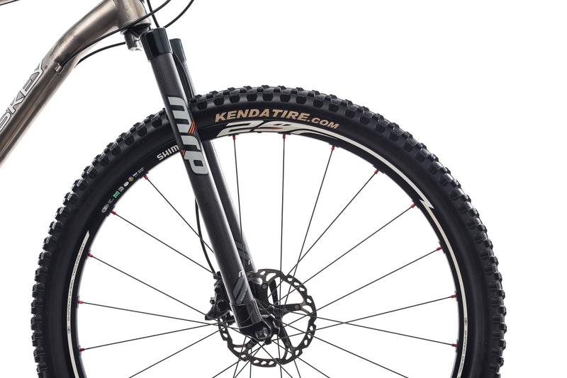 Lynskey Ridgeline X-Large Bike - 2011 front wheel