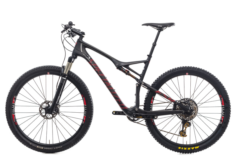 Specialized Epic Marathon X-Large Bike - 2015 non-drive side