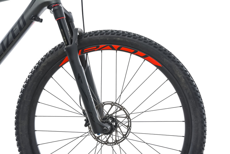 Specialized Epic Hardtail Expert Large Bike - 2018 front wheel