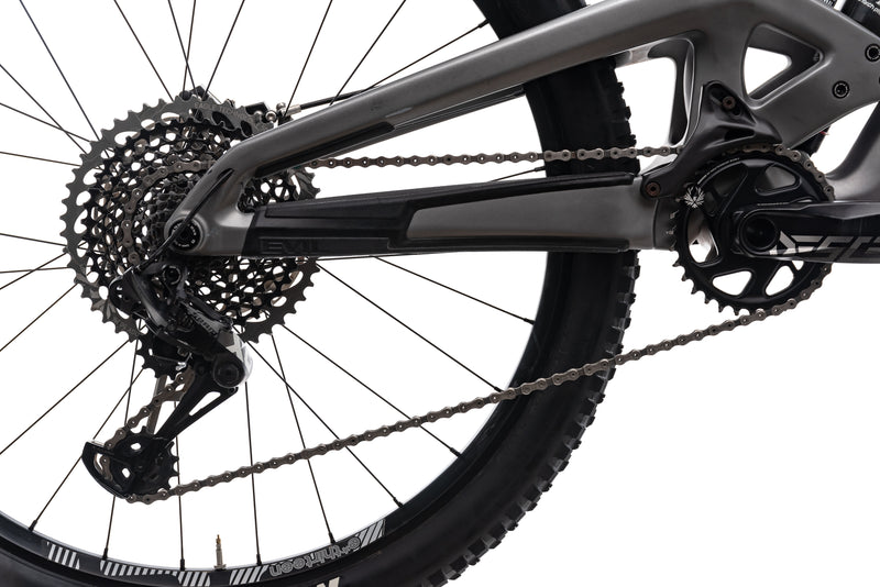 Evil Insurgent Small Bike drivetrain