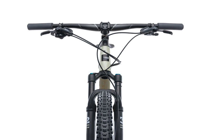Santa Cruz Highball C X-Large Bike - 2019 cockpit