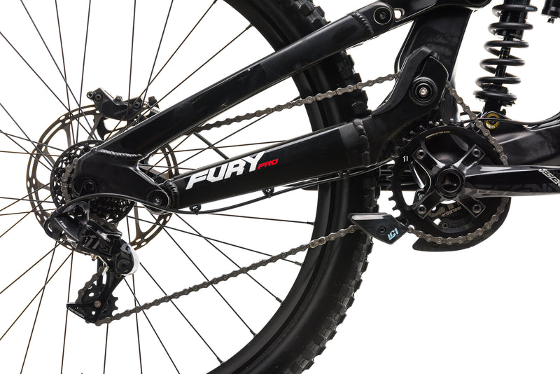 GT Fury Pro Downhill Mountain Bike - 2019, Small drivetrain