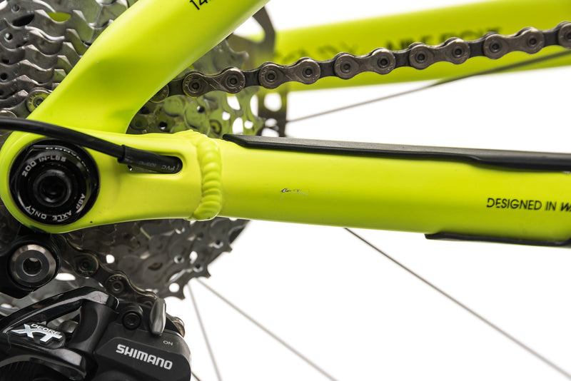 "Trek Fuel EX 9.8 Mountain Bike - 2015, 19.5"" detail 2"