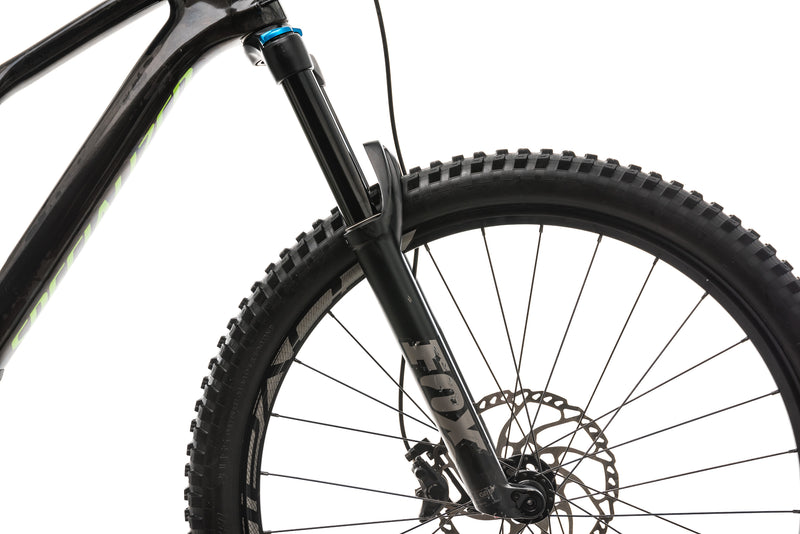 Specialized Stumpjumper Comp Carbon 27.5 Mens Mountain Bike - 2018, Medium cockpit