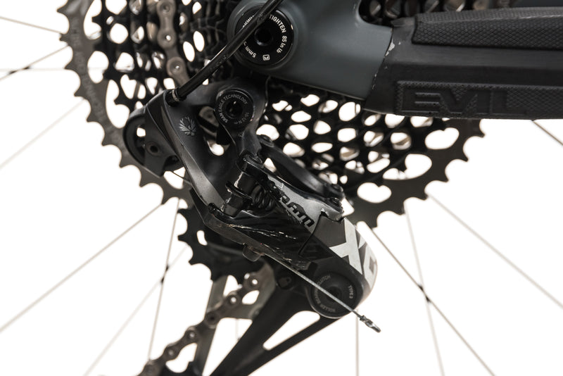 Evil Calling Mountain Bike - Medium detail 1