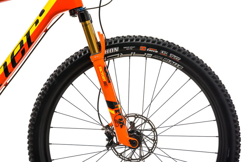 Niner AIR 9 RDO 4-Star Mountain Bike - 2019, Large front wheel