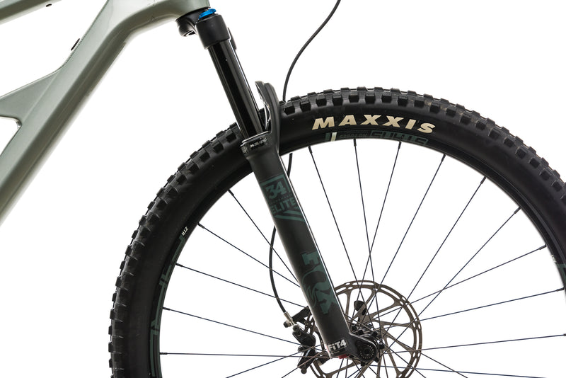 Cannondale Habit Carbon 2 Mountain Bike - 2019, X-Large cockpit