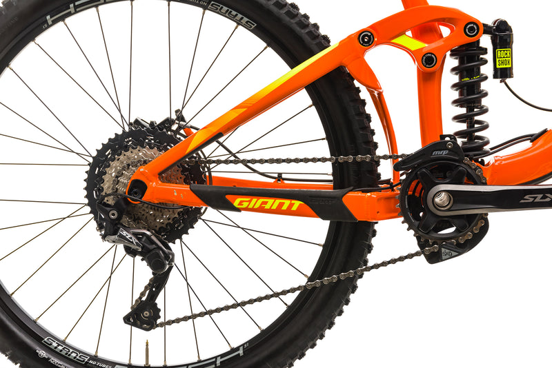 Giant Reign SX Mountain Bike - 2018, Medium front wheel