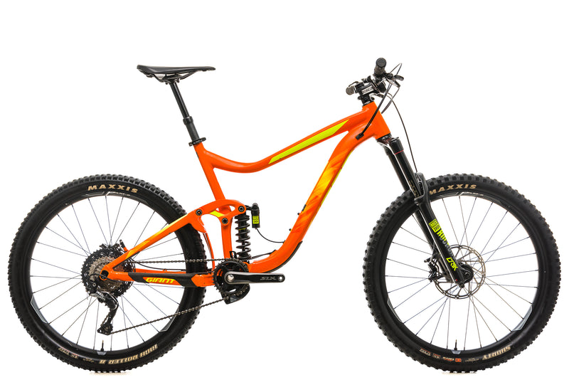 Giant Reign SX Mountain Bike - 2018. X-Large drive side