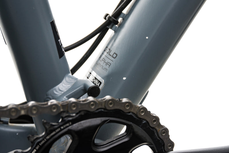 "Trek Roscoe 8 Mountain Bike - 2019, 19.5"" detail 2"