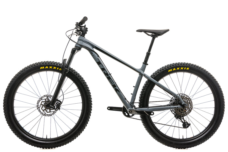 "Trek Roscoe 8 Mountain Bike - 2019, 17.5"" non-drive side"