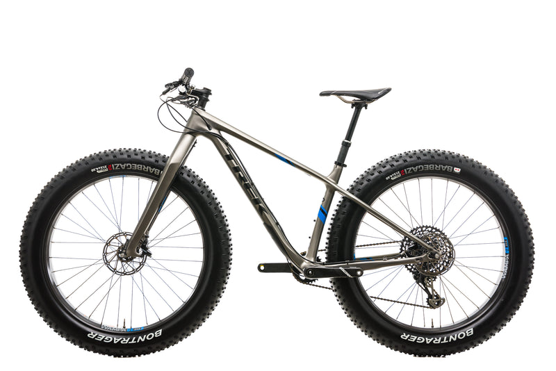 "Trek Farley 9.8 Fat Bike - 2018, 17.5"" non-drive side"