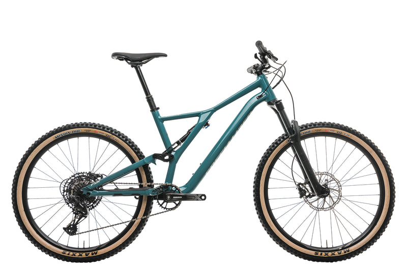 Specialized Stumpjumper ST Alloy 27.5 Mountain Bike - 2020, Large drive side