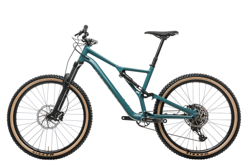 Specialized Stumpjumper ST Alloy 27.5 Mountain Bike - 2020, Large non-drive side