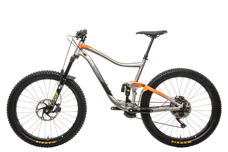 Giant Trance Mountain Bike - 2017, Large non-drive side