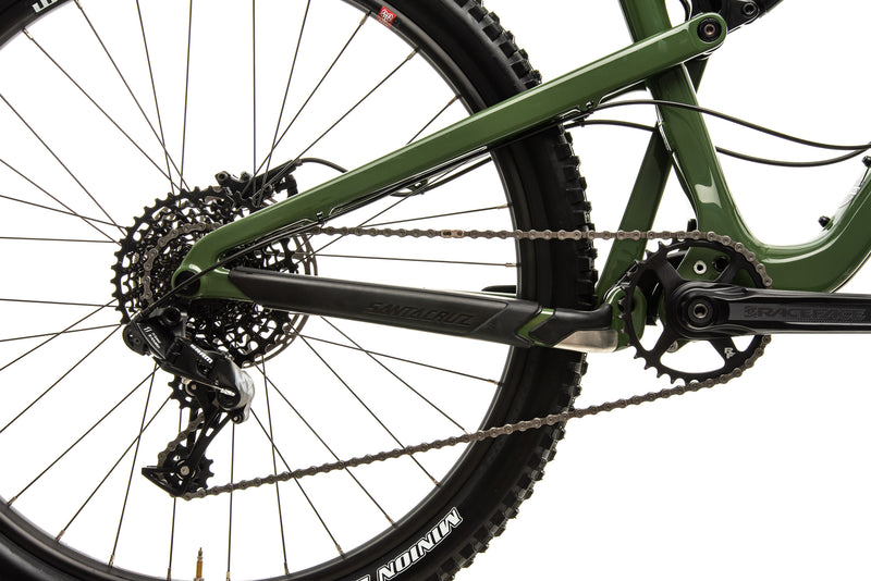 Santa Cruz Bronson C R Mountain Bike - 2018, Large drivetrain