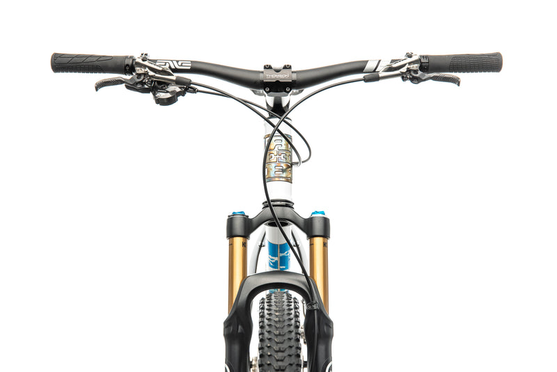 Reeb Cycles Dikyelous Mountain Bike - 2015, X-Large cockpit