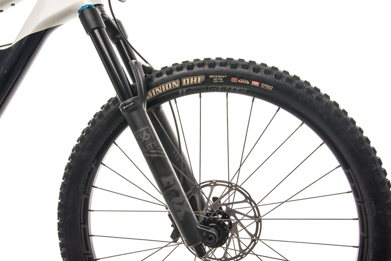 Cannondale Jekyll Carbon 29 2 Mountain Bike - 2020, X-Large cockpit