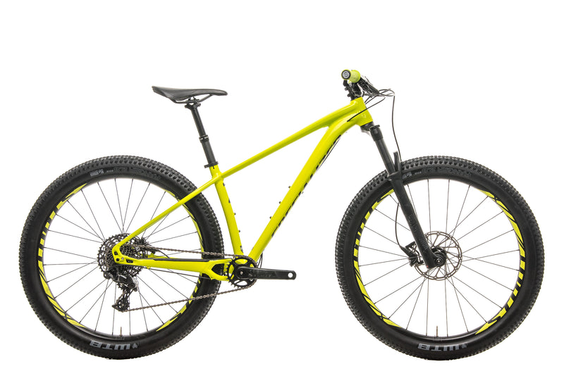 Specialized Fuse Comp 6Fattie Mountain Bike - 2019, Small drive side