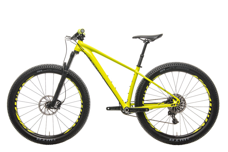 Specialized Fuse Comp 6Fattie Mountain Bike - 2019, Small non-drive side