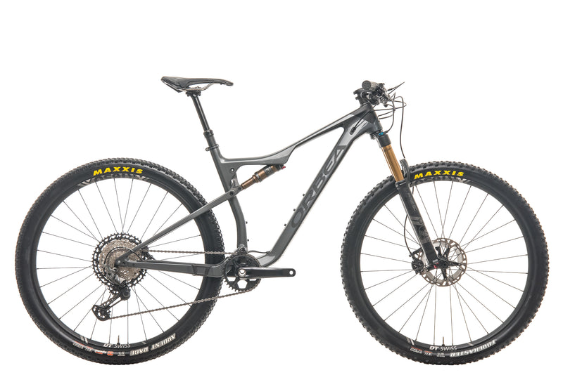 Orbea Oiz M10 TR Mountain Bike - 2020, Large drive side