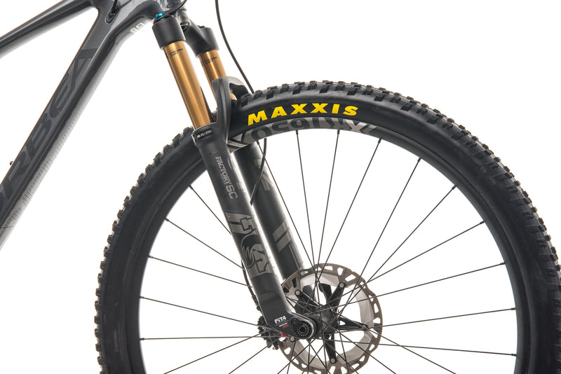 Orbea Oiz M10 TR Mountain Bike - 2020, Large cockpit