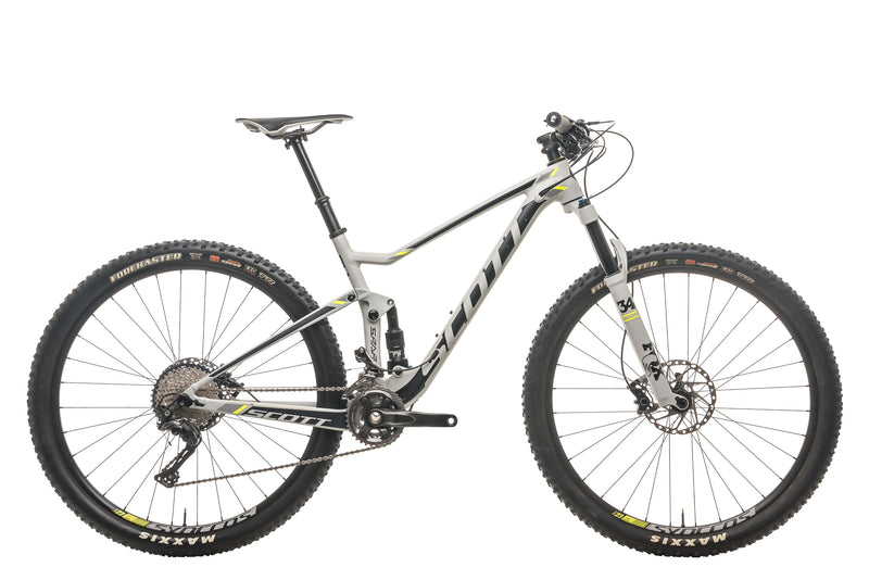 Scott Spark 940 Mountain Bike - 2017, Medium drive side