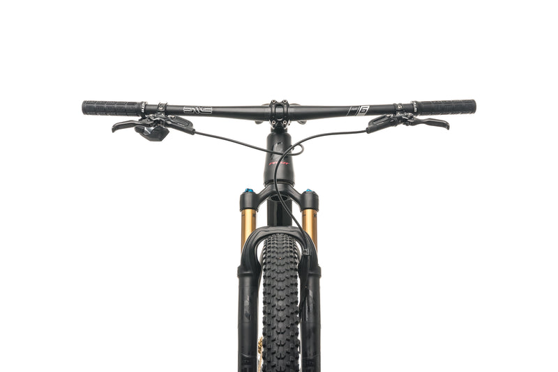 Pivot Cycles Les V2 Mountain Bike - 2019, Medium cockpit